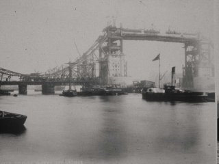 Image of Tower Bridge under constructions
